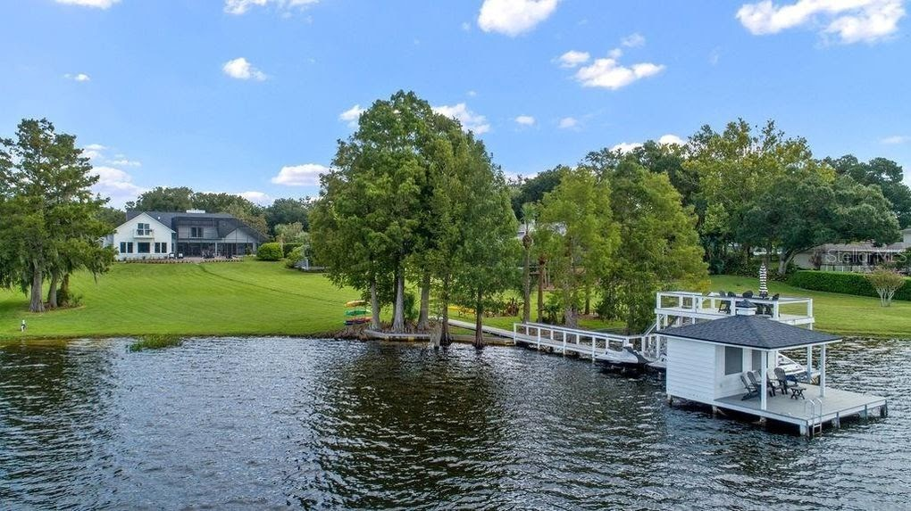 1350 Crescent Lake Drive, Windermere, Crescent Lake Estates